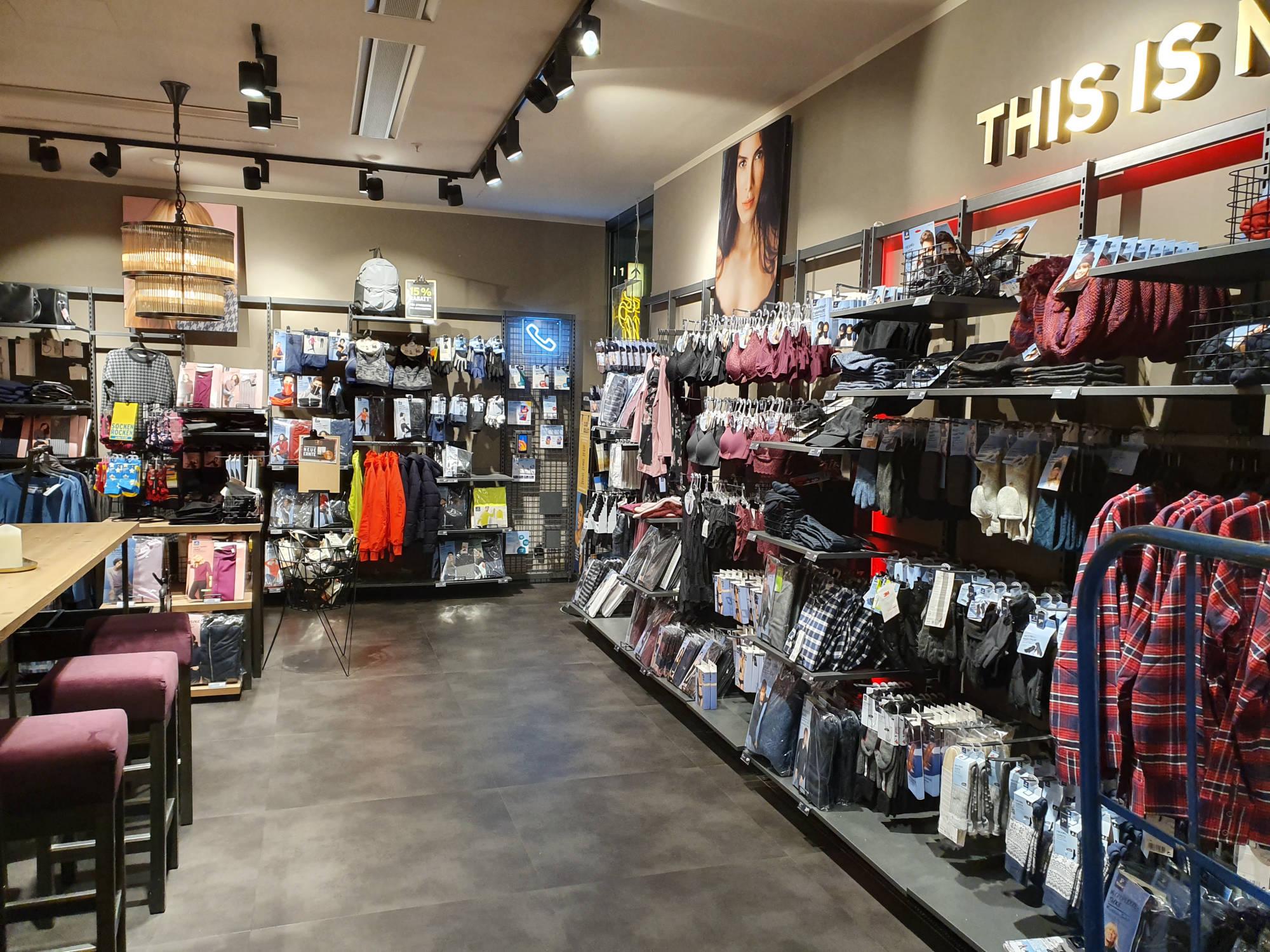 Referenz Ladenbau   Shopsystem   Tchibo   Köster Einrichtungen GmbH
